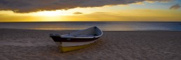 Surfrider, Waimea Bay, Hawaii - Steve Rutherford Landscape Photography Art Gallery